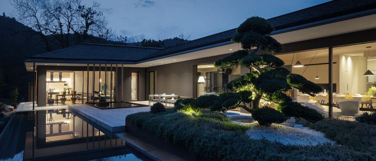 Villa I.E. - image 1