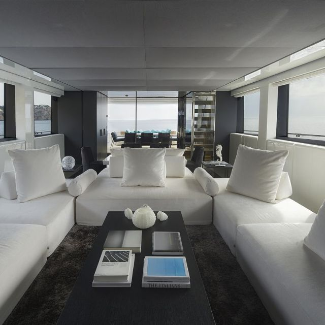 San Lorenzo Yacht 2