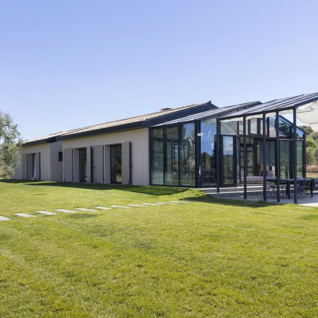 Capalbio Barn House - image 13