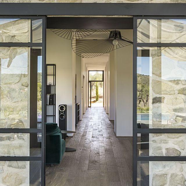 Capalbio Barn House - image 16